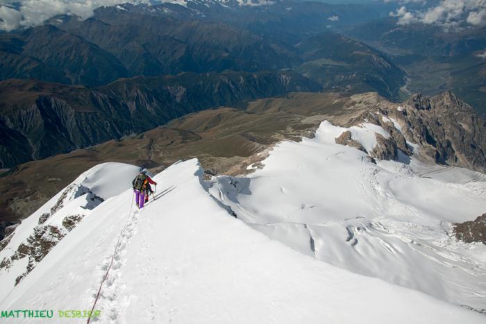 Ridge ( 4700m)