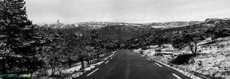 route du plan d'aups sous la neige